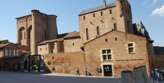 bisschoppelijk-paleis