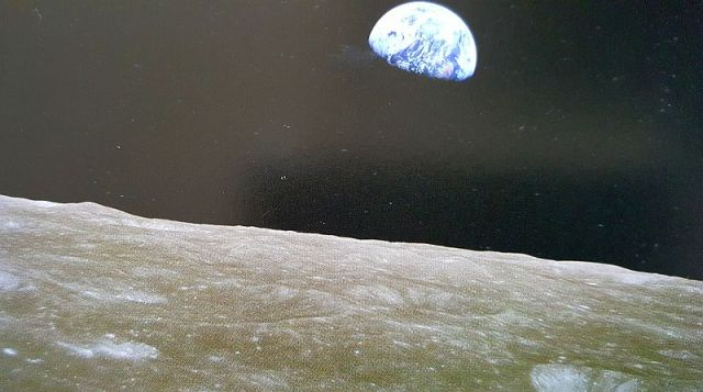 maan-aarde-1