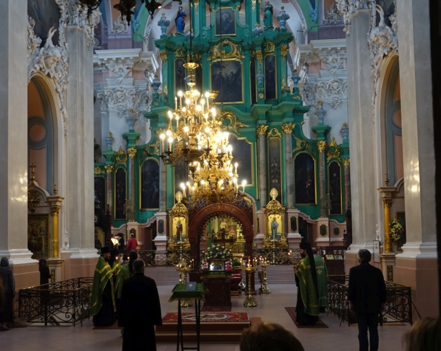 vilnius-orthoxe-kerk-binnen