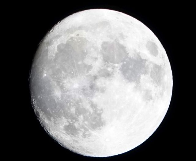 maan-2019-11-1930uur